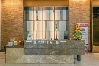 Skyline Luxury Home Suites at Newport