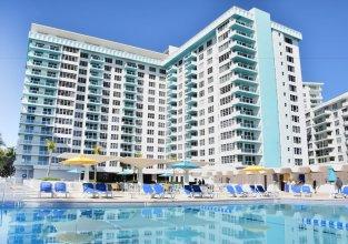 Ocean Beach Apartments by ME