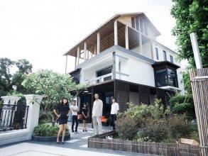 Red Coral Holiday Villa