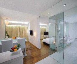 St Laurn Suites