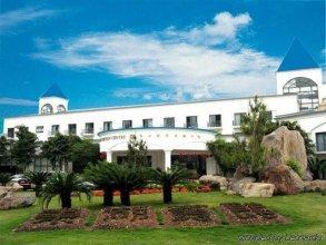 East Lake Hotel