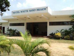 White Sand Beach Inn