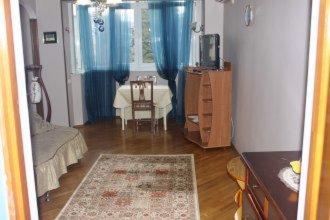 On Parkovaya 40 Apartment