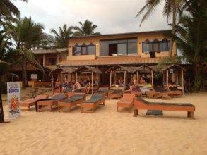 Drifters Hotel & Beach Restaurant