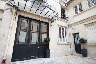 Saint Germain Cosy Suite