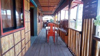 RJC Hostel and Karaoke Bar