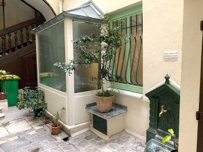 Lovely studio heart of Le Marais