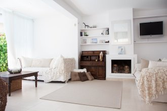 Villa Oasis Terramar – Sitges
