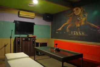 Siesta Hostel Boracay