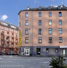 Hotel Apadana Frankfurt