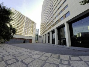 Superior Rentals in Lisbon/Expo with Free Parking
