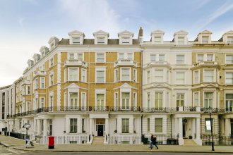Q Kensington Two Apartments