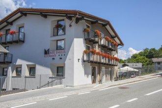Hotel Ristorante Monte Emilius