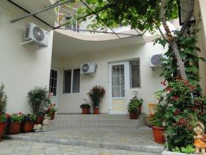 Guest house on Terskaya 139