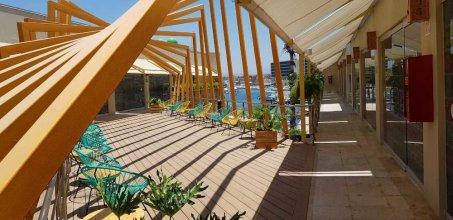 Mayan Monkey Hotel & Hostel Los Cabos