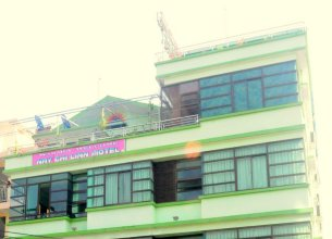 Nay Chi Linn Hotel