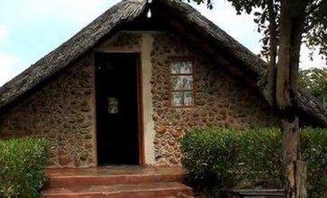 Liya Lodge And Campsite