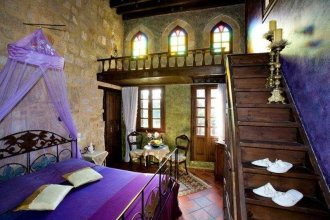 S. Nikolis Historic Boutique Hotel