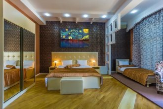 Vania Hotel