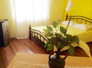 Three Bedroom Holiday Accomodation