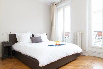 Marais - Francs Bourgeois Apartment