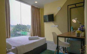 Kiara Inn by KL Suites