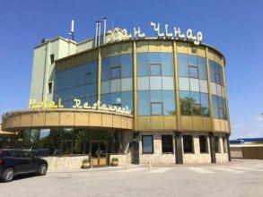 Отель Хан-Чинар