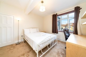 NEW Stunning 3 Bedroom House Centre Wembley