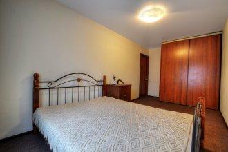 Na Bolshoj Yushunskoj 8 Apartments