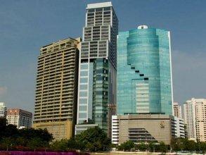 Column Bangkok Hotel