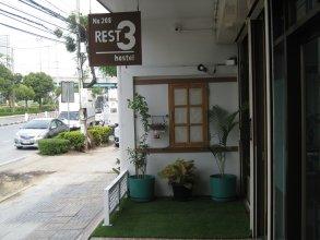Rest 3 - Hostel