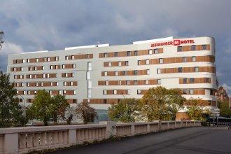 MEININGER Hotel Paris Porte de Vincennes