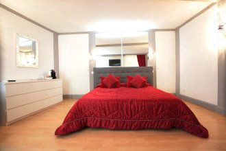Luxury Fashion Suites