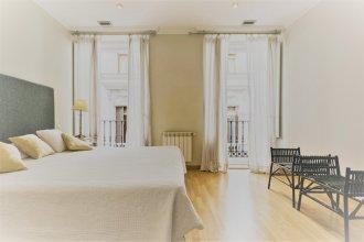 Prado Museum Apartment