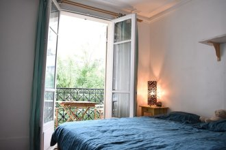 Large Apartment Near Bercy