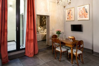 L'8 Boutique Design Apartments