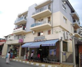Bona Dea Club Hotel