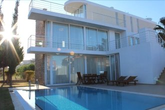 Novron Villa 4 Bedroom by Belek Rental