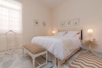 Wonderful & Large 4 BD Duplex With a Private Terrace.. Salvador Terrace