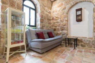 Best Location Jerusalem Stone Apartment