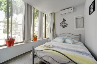 3 Bedrooms - Ben Yehuda