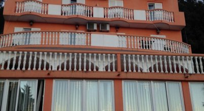 Apartments And Rooms Vujacic
