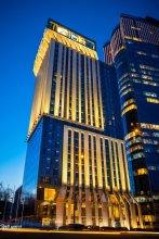 Sky Loft Hotel Kyiv by Rixwel