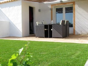 House With one Bedroom in Faro, With Shared Pool, Enclosed Garden and Wifi - 6 km From the Beach