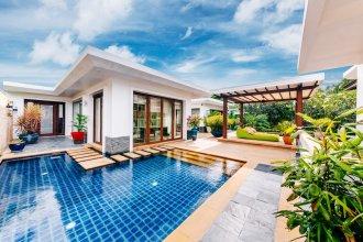 5 Bedroom Beach Front Villa Lotus