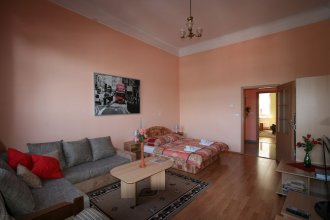 Apartment No. 11 Varšavská 15