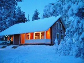 Arctic Light Apartments