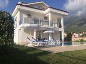 Villa Nuri