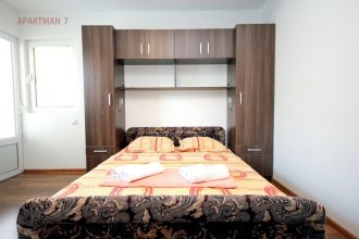 Kojic Apartments