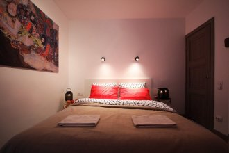 CoHome Stylish Apartment